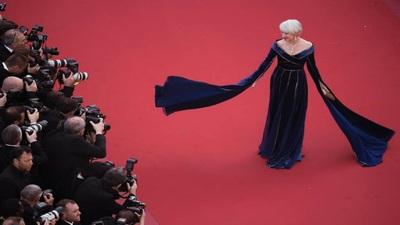 Helen Mirren duyên dáng tại Cannes