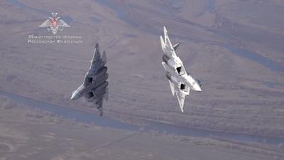 """Màn diễn tập phóng tên lửa ngoạn mục của """"bóng ma bầu trời"""" Su-57 Nga"""