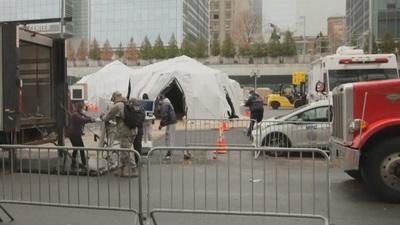 New York cấp tập dựng nhà xác dã chiến