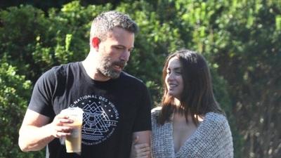 Ben Affleck hò hẹn với Ana de Armas