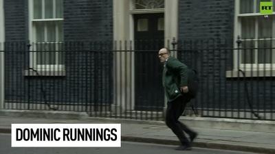 Cố vấn trưởng chạy đi sau khi Thủ tướng Anh xác nhận mắc Covid-19