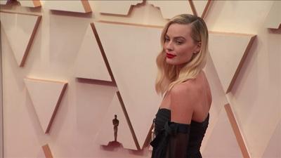 Margot Robbie dự lễ trao giải Oscar