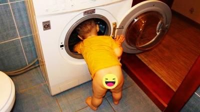 Khi các tiểu quỷ giúp bố mẹ việc nhà