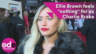 Ellie Brown xinh đẹp trả lời phỏng vấn