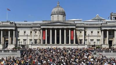 Làn sóng biểu tình ủng hộ người Mỹ da màu lan sang châu Âu