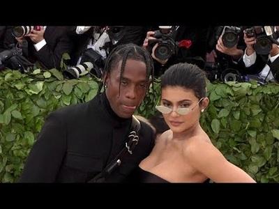 Kylie Jenner dự sự kiện cùng bạn trai