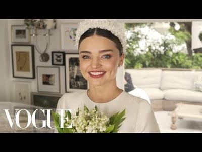 Miranda Kerr thử váy cưới cho hôn lễ lần 2