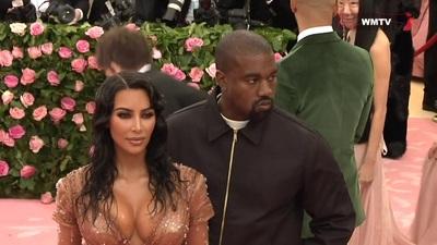 Kim Kardashian, Kanye West đẹp đôi trên thảm đỏ