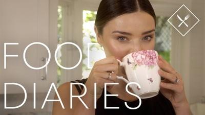 Miranda Kerr ăn gì trong một ngày?