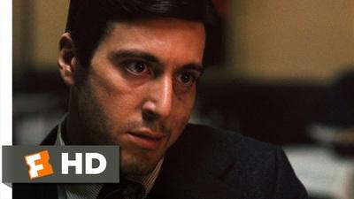 """6. """"The Godfather"""" (1972): Nhân vật của Al Pacino giả vờ cần đi vệ sinh"""