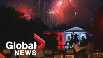 Pháo hoa rợp trời giữa lúc biểu tình bùng phát tại Washington
