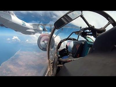 Máy bay chiến đấu Nga tiếp liệu ngoạn mục trên không