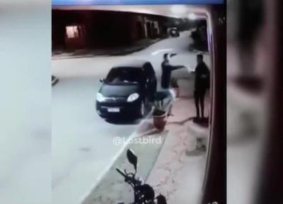 Phản ứng bất ngờ khi đi ăn cướp mà gặp đúng... bạn thân