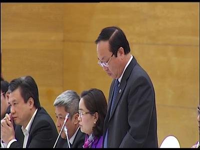 Phó Chủ tịch UBND TP. Hà Nội Nguyễn Thế Hùng trả lời về trợ giá nước Sông Đuống tại họp báo thường kỳ Chính phủ