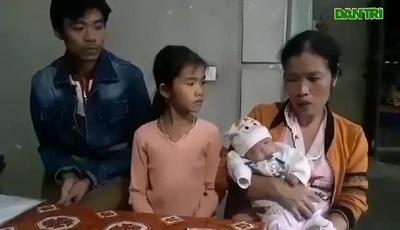 """Xót xa cảnh vợ chồng nghèo """"bỏ viện"""" đưa con sinh non về nhà."""