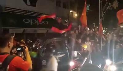 Người dân Cần Thơ trong đêm chiến thắng của U22 Việt Nam