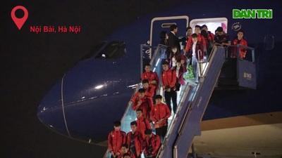 Đoàn Thể thao Việt Nam đặt chân xuống sân bay Nội Bài