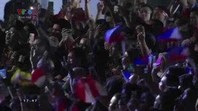 Một trong những ca khúc được Arnel Pineda thể hiện tại lễ bế mạc SEA Games 30