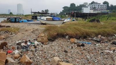 Dự án lấn biển 33 triệu USD bỏ hoang