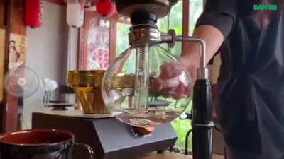 Quán cà phê phong cách Nhật cho khách tự pha chế