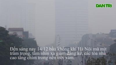 Trời Hà Nội mờ đục trong buổi sáng 14/12
