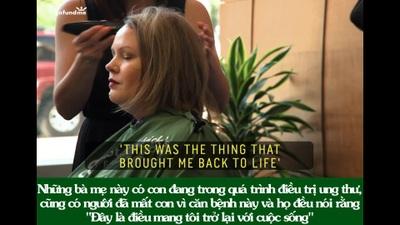 Câu chuyện xúc động đằng sau khoảnh khắc 46 bà mẹ cùng nhau cạo trọc đầu