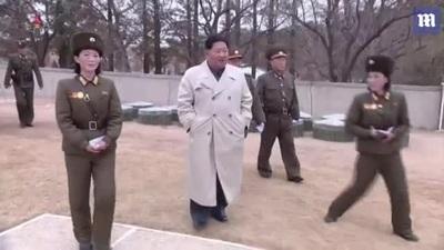 Video nữ quân nhân Triều Tiên òa khóc khi trình diễn trước ông Kim Jong-un