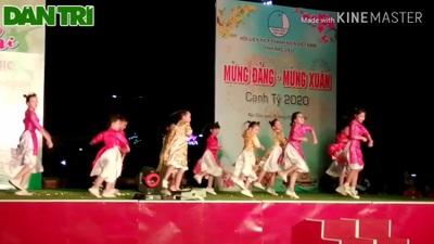 Sôi động những điệu nhảy hiện đại mừng Xuân mới của giới trẻ Bạc Liêu