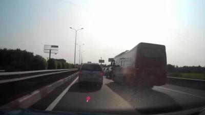 """Toàn cảnh một vụ tai nạn """"dồn toa"""" trên quốc lộ 51"""