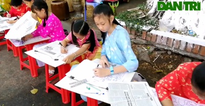 Học sinh Bạc Liêu vẽ tranh mừng xuân mới