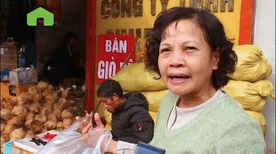 Buôn cùi dừa làm mứt Tết kiếm hàng chục triệu mỗi ngày