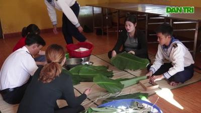 Bánh chưng gói lá bàng vuông: Đặc sản của Trường Sa