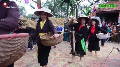 Độc đáo lễ hội trâu rơm bò rạ ở đồng bằng sông Hồng
