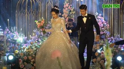 Đám cưới trong khung cảnh đẹp như cổ tích của Duy Mạnh - Quỳnh Anh