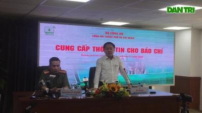 """Phó giám đốc Sở Thông tin - Truyền thông TPHCM Từ Lương trả lời câu hỏi về khẩu súng AK Tuấn """"khỉ"""" sử dụng"""