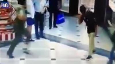Người hùng lạnh lùng giúp cảnh sát hạ gục tên trộm đang bỏ chạy