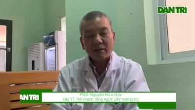 PGS. Nguyễn Hữu Ước cho biết phổi của bé Huy đã hỏng hoàn toàn