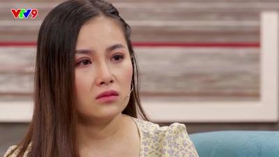 Vợ Lê Nam tủi thân khi sinh con một mình trong bệnh viện.