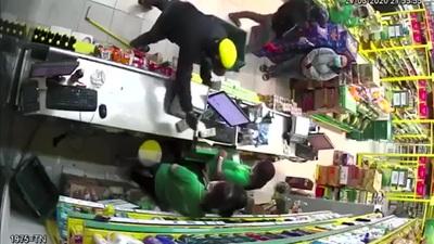 Diễn biến vụ cướp tại cửa hàng Bách Hoá Xanh