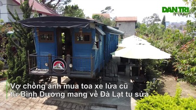 Mê xe lửa, cặp vợ chồng mua toa tàu trăm tuổi về dựng quán cà phê