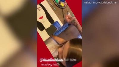 Các con của Victoria Beckham tự học tại nhà