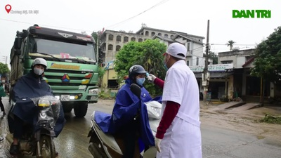 Hà Nội: Ra đường không có lí do thuyết phục, nhiều người ngậm ngùi quay đầu