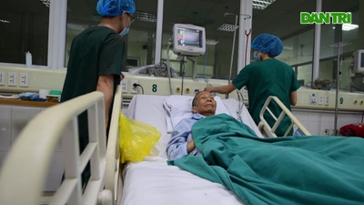 Cuộc chiến giành lại sự sống cho bệnh nhân Covid-19 đã 3 lần ngừng tim