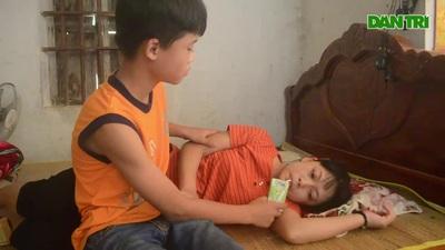 Lời tâm sự đẫm nước mắt về phận đời của hai mẹ con chị Hòa.