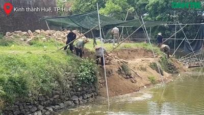 Thí điểm tu bổ bờ kè cổ 200 năm trước mặt Kinh thành Huế