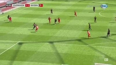 Đánh bại Leverkusen, Bayern Munich chạm một tay vào chức vô địch Bundesliga