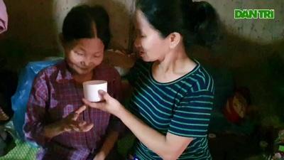 Khốn cảnh 2 chị em nghèo khó, bệnh tật lay lắt sống trong ngôi nhà nát