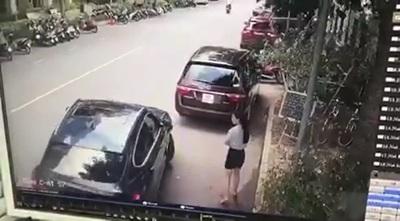 Pha va chạm giữa hai xe sang gây nhiều tranh cãi