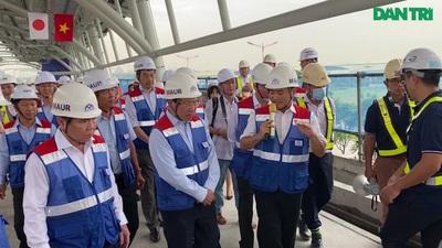 Phó Thủ tướng Phạm Bình Minh thị sát metro TPHCM