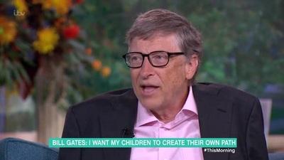 Tỷ phú Bill Gates nói về việc để lại tài sản thừa kế cho con